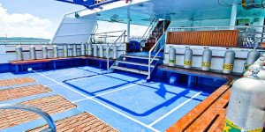 Crociera Sub Phuket Deep Andaman Queen Diving deck